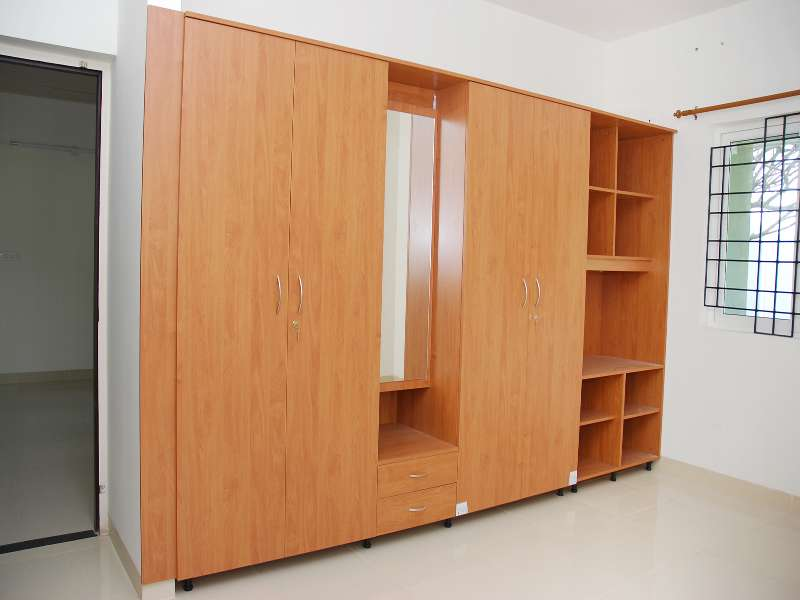 Wardrobe with 4 Doors & Dressing Table