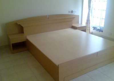 Double Cot with Drawers
